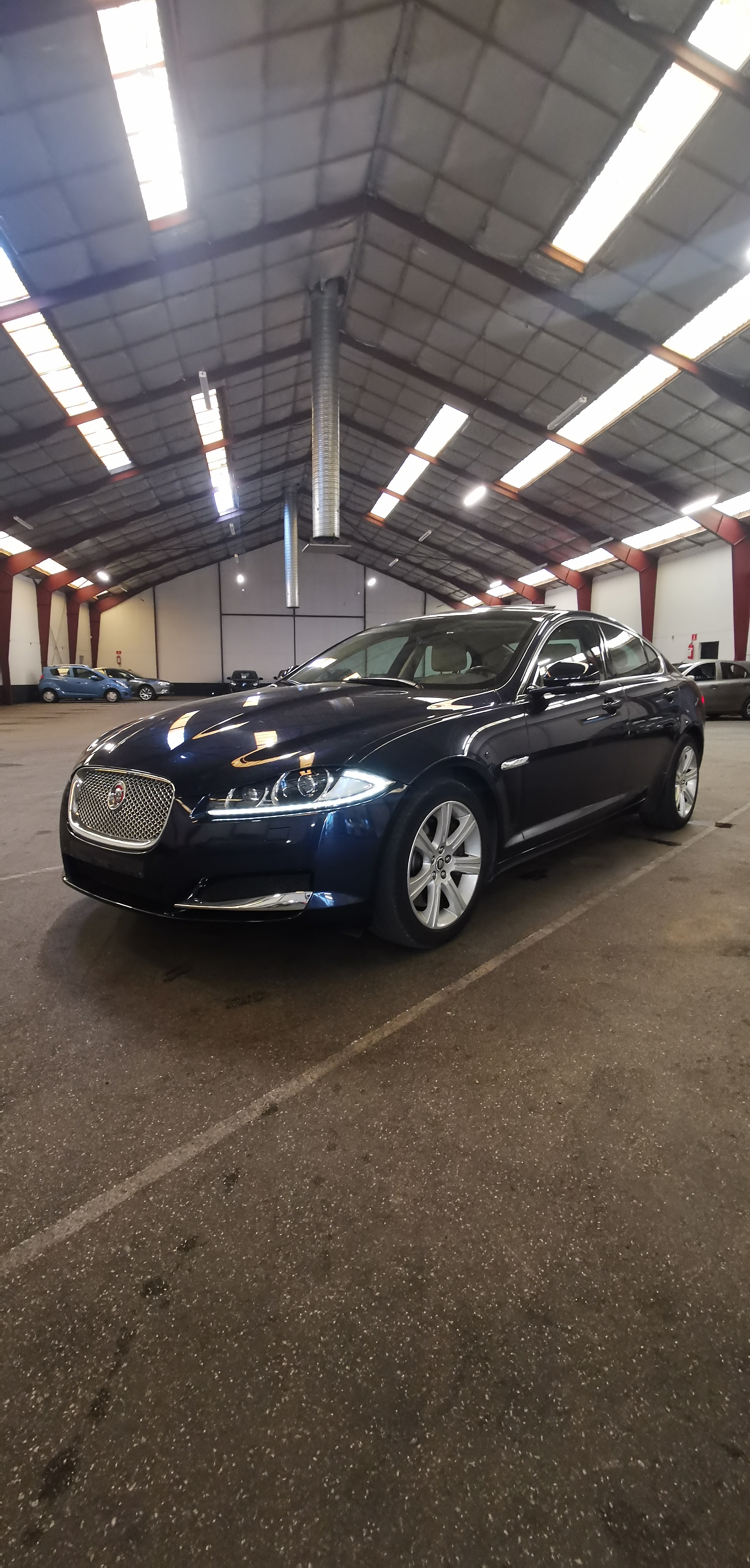 JAGUAR XF 3.0 DS HK 275