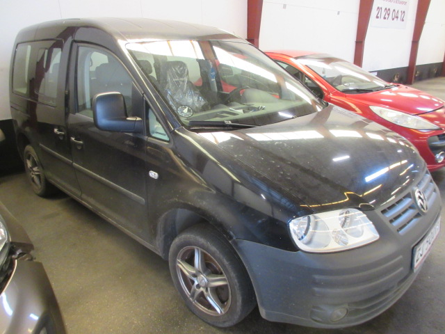 VW CADDY 1,6I